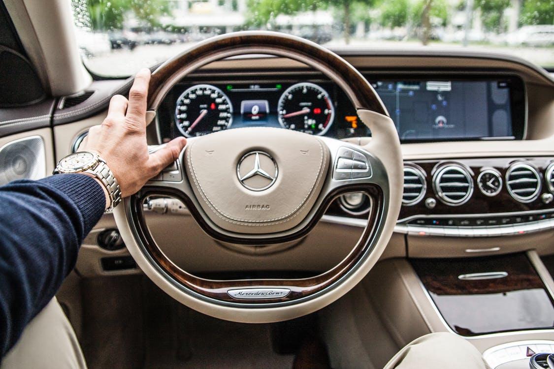 salg af bil til forhandler